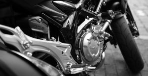 motorcycle-410165_1920